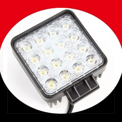 LED Scheinwerfer Arbeitslampe Flutlichtstrahler Fluter 10-30V 3600L