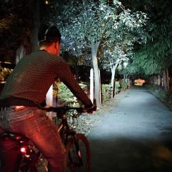Fahrradlicht LED Frontlichter Fahrradbeleuchtung mit Akkupack Set 10W