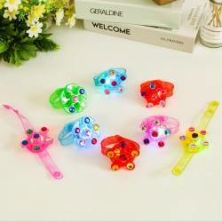 12pcs LED Blinkleucht Leuchten Armbänder Leuchtspielzeug für Kinder